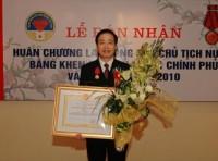 Tổng giám đốc Bảo Tín Minh Châu được trao tặng Huân chương Lao động hạng Ba