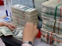 Chống găm giữ USD ở các tập đoàn và ngân hàng