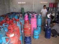 Bó tay với nạn sang chiết buôn bán gas lậu?