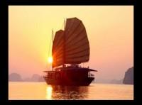 CNN: Đừng bỏ qua cảnh hoàng hôn Vịnh Hạ Long