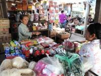 Điện và chợ: Tiêu chí phát triển nông thôn mới