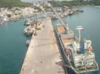 Bảo vệ môi trường cảng biển