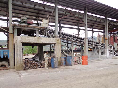 Dây chuyền sản xuất của nhà máy