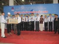 Xuất xưởng lô sản phẩm xơ sợi đầu tiên sản xuất tại Việt Nam