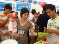 Người tiêu dùng Campuchia ngày càng ưa hàng Việt