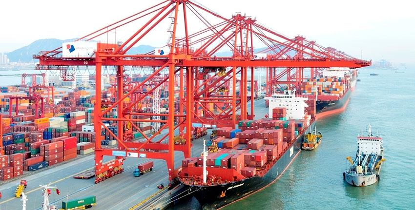 Giá cước vận tải biển tăng phi mã, vì sao?