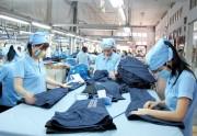 Doanh nghiệp dệt may đề nghị chưa tăng lương tối thiểu