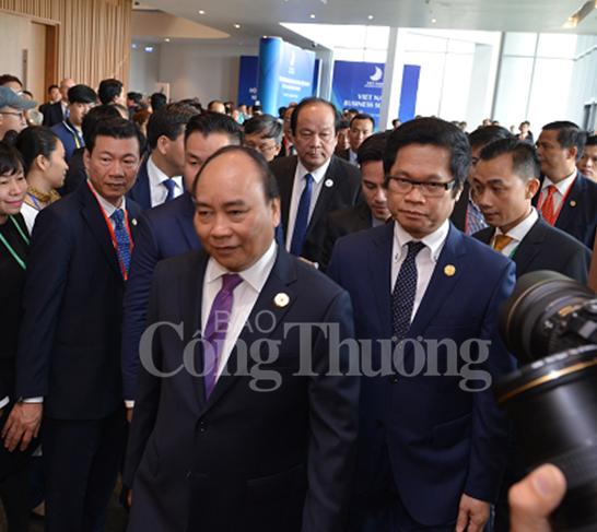 Thủ tướng Nguyễn Xuân Phúc dự khai mạc Hội nghị Thượng đỉnh Kinh doanh Việt Nam