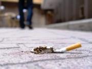 Phạt từ 500.000-1.000.000 đồng nếu vứt mẩu & tàn thuốc lá ra đường