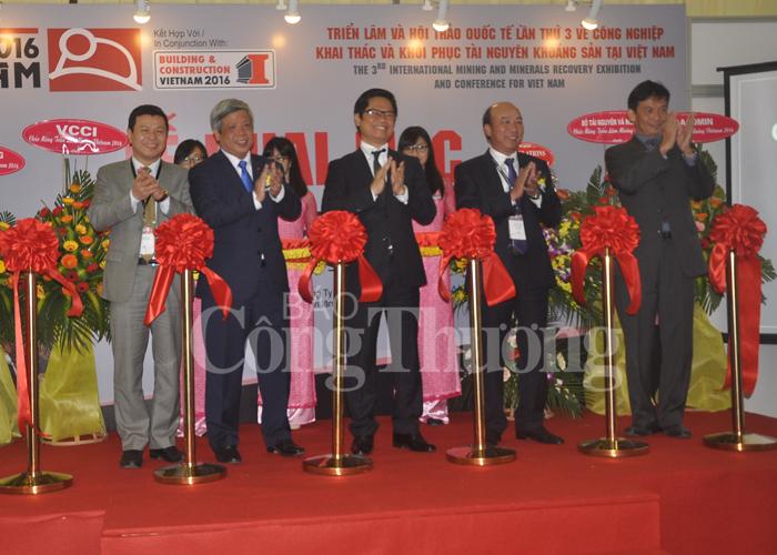 Nghi thức khai mạc triển lãm Mining Vietnam 2016