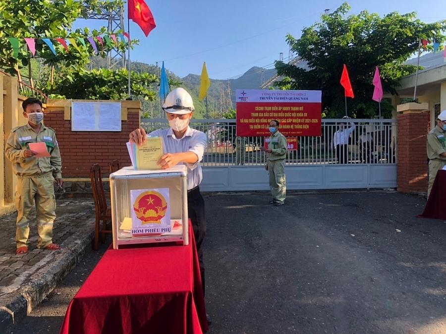 EVN hoàn thành nhiệm vụ cấp điện trong ngày hội bầu cử