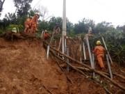 Ngành điện miền Trung: Nỗ lực khắc phục lũ lụt
