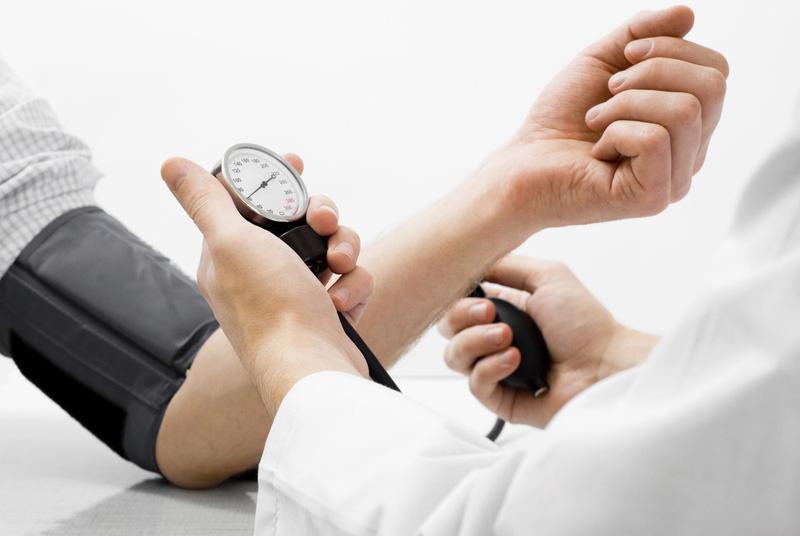 Cách kiểm soát bệnh tim mạch mùa lạnh