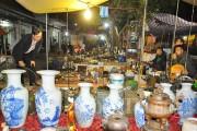Chợ Viềng trước ngày mua bán cầu may