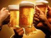 Tỷ lệ người uống rượu bia tăng nhanh ở cả nam và nữ