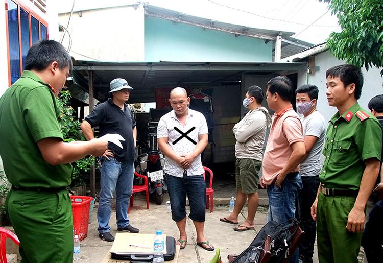 Quảng Trị bắt lô hàng gồm 5.400 viên ma túy tổng hợp