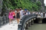 Kiến nghị Chính phủ tháo gỡ ba 'nút thắt' trong ngành du lịch