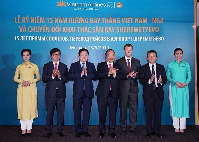 vietnam airlines ky niem 15 nam duong bay thang viet nam nga