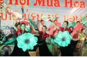 Thắm tình đoàn kết hữu nghị đặc biệt Việt Nam - Lào