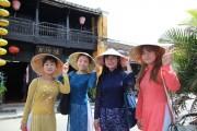 Khách du lịch quốc tế đến Việt Nam tiếp tục tăng trưởng ấn tượng