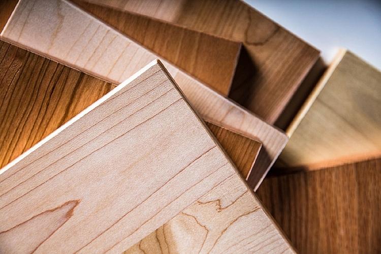 Hoa Kỳ gia hạn ban hành kết luận điều tra chống lẩn tránh thuế gỗ dán cứng từ Việt Nam