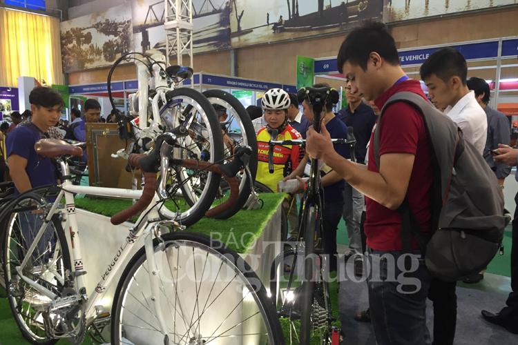 Khai mạc triển lãm xe hai bánh duy nhất tại Việt Nam