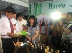Gạo, rượu vang Hapro đến với Hội chợ nông nghiệp vùng Đồng bằng sông Hồng 2018