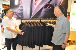 duc giang khai truong chuoi cua hang may do veston smart suits tailor shop