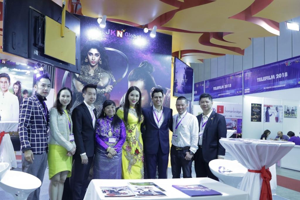 telefilm vietnam tham du showcase daimond blue tai thai lan