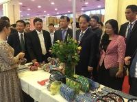 hanoi gift show 2018 quang ba thuc day xuat khau hang thu cong my nghe