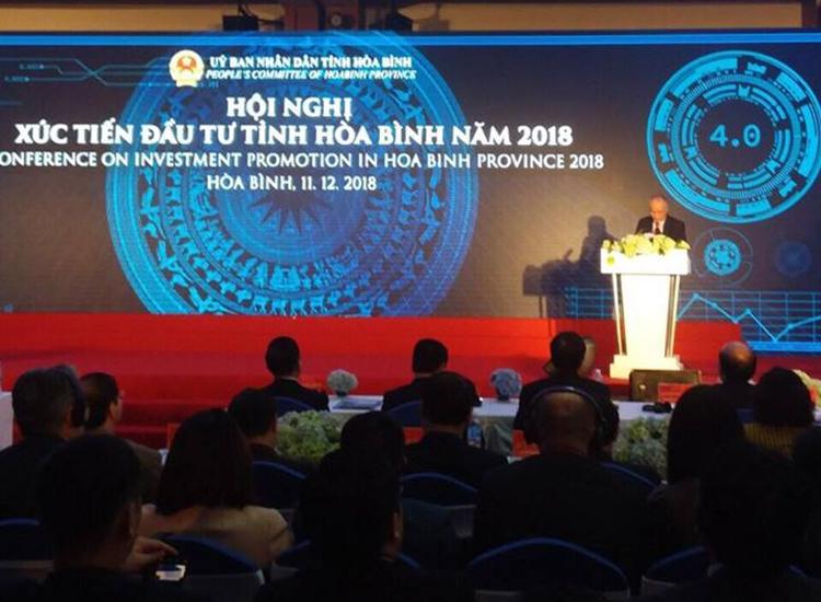 Ông Nguyễn Văn Định- Giám đốc Ban quản lý Dự án Công ty Cổ phần nước Aqua One: kiến nghị Chính phủ tạo điều kiện cho tỉnh Hòa Bình cho phép dự án được thực hiện cơ chế đặc thù trong công tác giải phóng mặt bằng và quy hoạch liên quan