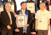 Đạm Cà Mau đạt danh hiệu Hàng Việt Nam chất lượng cao 2016