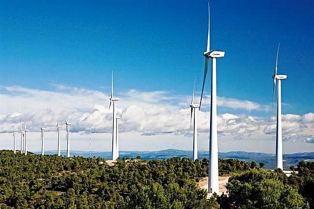 Năng lượng tái tạo sẽ chiếm tới 44% trong tổng nguồn điện vào năm 2045