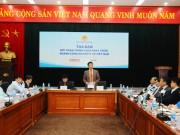 Phát triển công nghiệp ô tô Việt Nam: Cẩn trọng để có chính sách khả thi