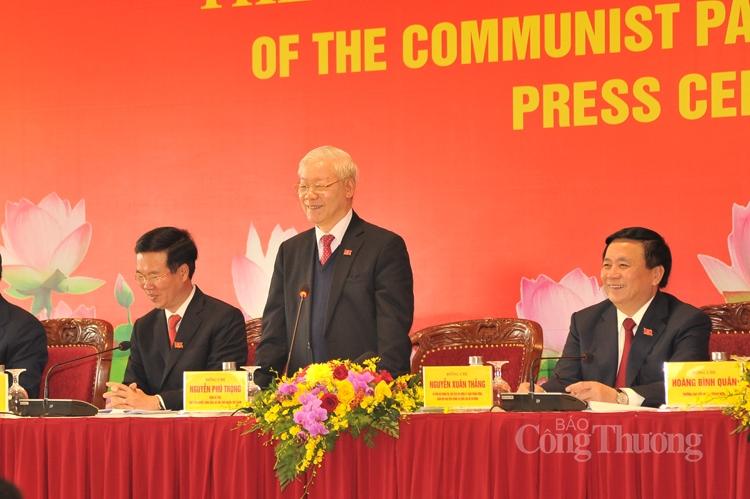 Tổng Bí thư chủ trì họp báo kết thúc Đại hội Đảng lần thứ XIII