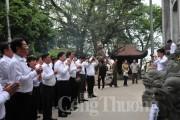 Tổ chức giáo dục truyền thống và học tập tư tưởng Hồ Chí Minh