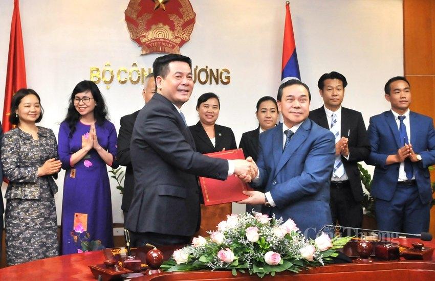 Thúc đẩy hợp tác thương mại, công nghiệp và năng lượng Việt Nam - Lào