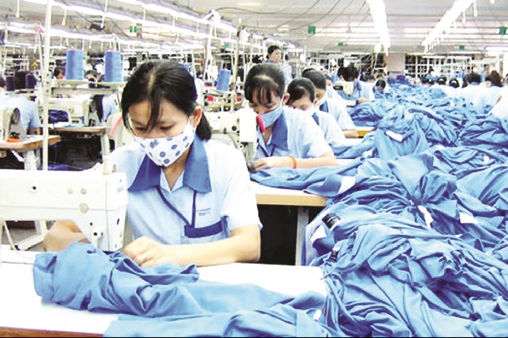Thủ tướng chỉ đạo nhiều giải pháp bảo đảm đời sống cho người lao động