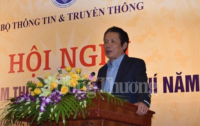 co the cong khai danh sach nhung nguoi duoc cap the nha bao