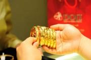 Giá vàng được đà tăng giá mạnh