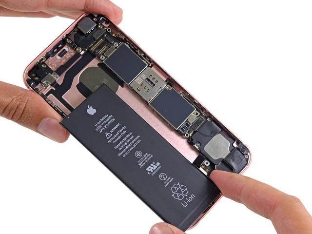 iPhone 6 trở lên nằm trong diện được thay pin với chính sách giảm giá mới của Apple