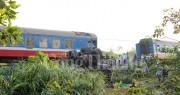 Tai nạn đường sắt nghiêm trọng, nhiều toa tàu lật khỏi ray, ít nhất ba người chết