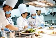 'Nhạc trưởng' bếp ăn APEC