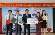 Vinamilk trao tặng xe hiến máu 1 tỷ đồng