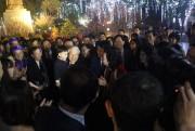 Tổng Bí thư dâng hương tại tượng đài Lý Thái Tổ