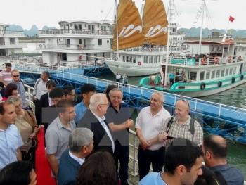 Tổng thống Israel và Phu nhân thăm Di sản Vịnh Hạ Long