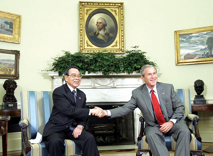 Cố Thủ tướng Phan Văn Khải: Người dẫn dắt nền kinh tế vượt khủng hoảng