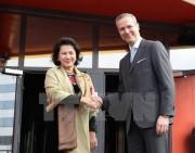 Chủ tịch Quốc hội thăm Ericsson, kêu gọi đầu tư thành phố thông minh