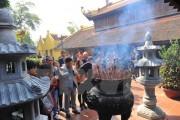 'Dọn dẹp' những hình ảnh phản cảm tại các di tích ở Hà Nội