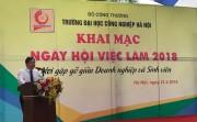 """Sôi động """"Ngày hội việc làm"""" Trường đại học Công nghiệp Hà Nội năm 2018"""